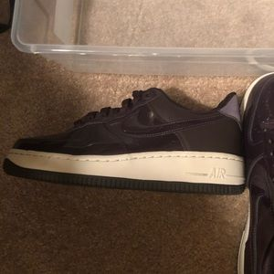 Nike Air Force 1's women's size 7.5, men's 2 up